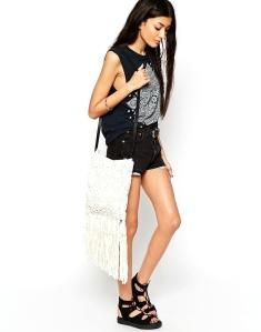 crochet-floral-Jeans-trends-spring-summer-2015-stripes-jeans-floral-blossom-crochet-rayures-careaux-vichy-mango-franges-gilet-coachella-zara-bobo-asos-bag-sac