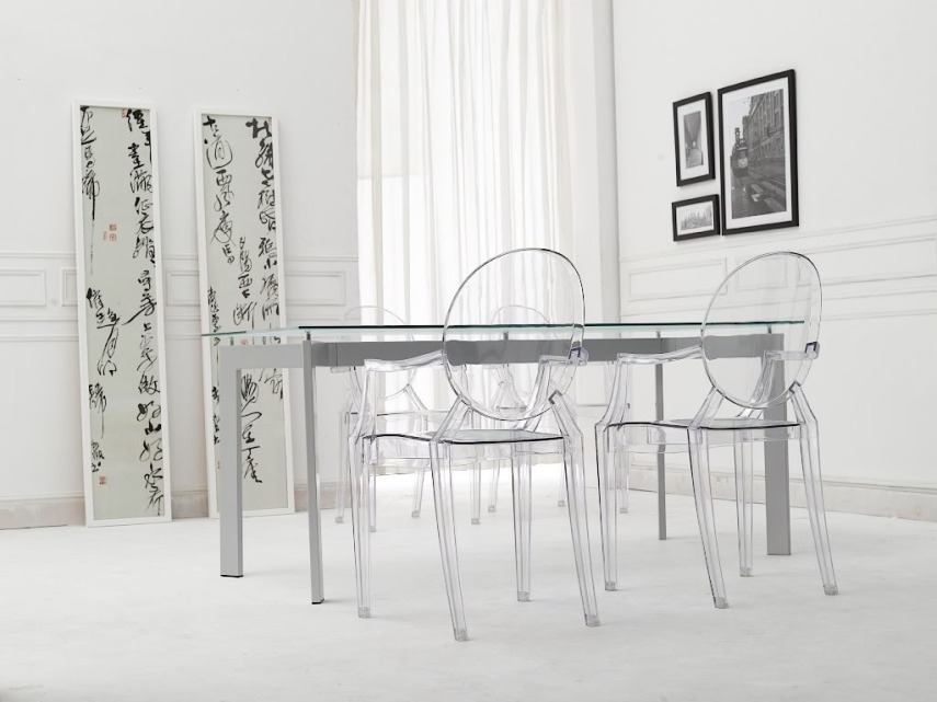 elegant-furniture-ghost-chair-dining-room-design-white-base-leg-glass-clear-rectangle-table-top-modern-dining-table-clear-transparent-round-backrest-louis-ghost-chair-designed-by-philippe-starck-white