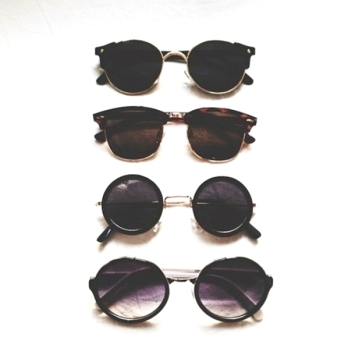 uclsg4-l-610x610-sunglasses-round+sunglasses-round-black-black+sunglasses-glasses-sun-summer-sunglass-cute+summer-cute-pretty-like-vintage-second+pair-circle-jewels-round+frame+glasses-style-girly-