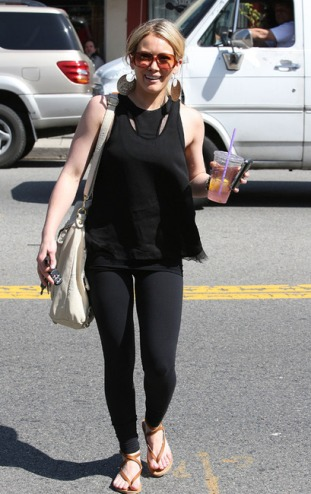 IMAGE ID # 2012638 Hilary Duff lunched today at Caioti Pizza Cafe in Studio City before hitting the streets in her pink shades and caring a pink lemonade to do a bit of shopping for even more sunglasses! CR:RIV/ Fame Pictures 03/18/2009 --- Hilary Duff --- (C) 2009 Fame Pictures, Inc. - Santa Monica, CA, U.S.A - 310-395-0500 / Sales: 310-395-0500